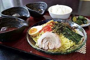 ▲夏季限定の三味つけめん(871円)。