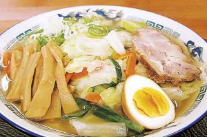 ▲人気No.1の野菜塩らーめん(税込702円)。