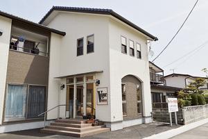 ▲福島第一病院近くの住宅街に構える店舗。[/caption]